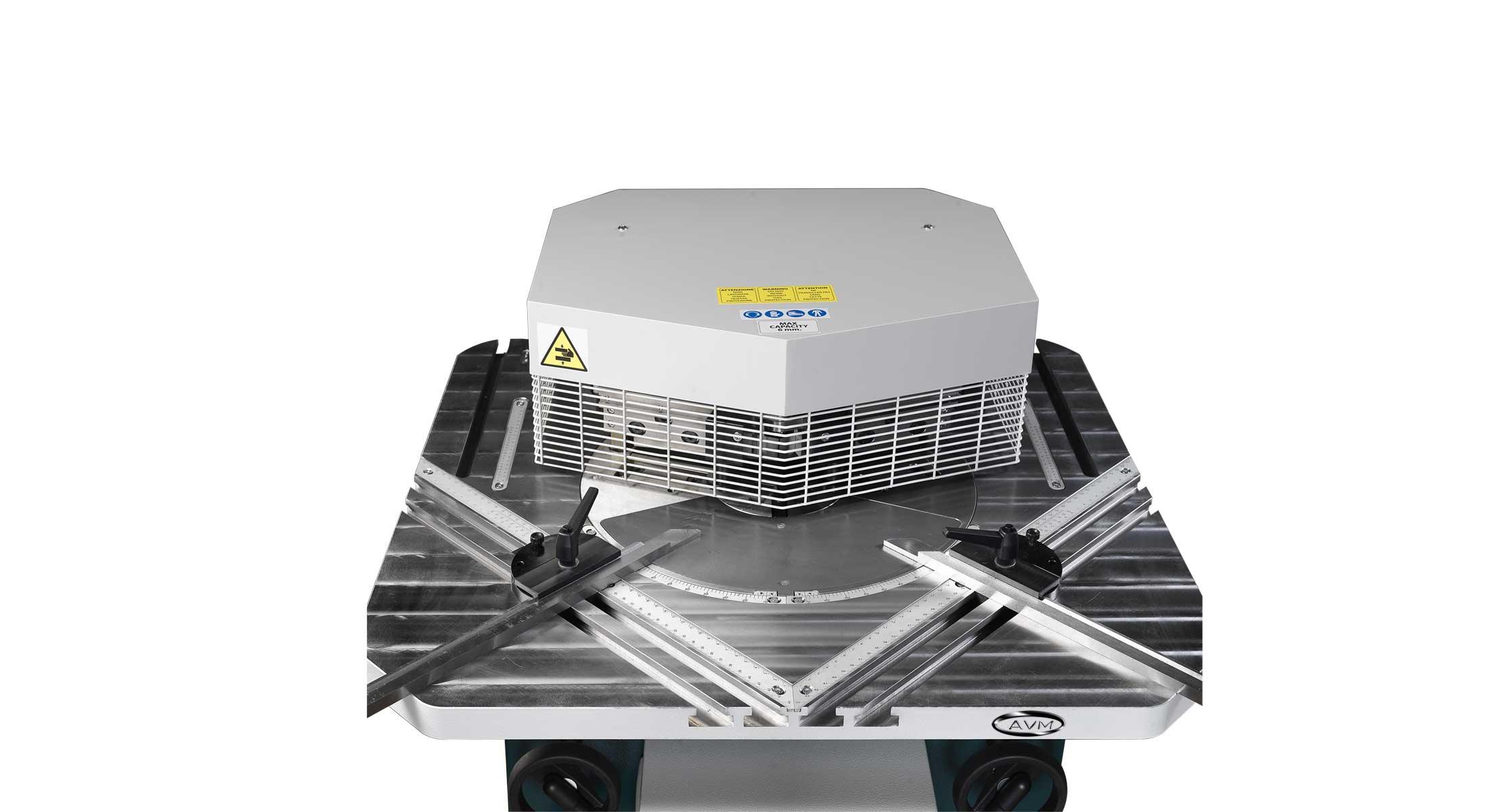 Tranciatrice SAV 206 AVM Srl